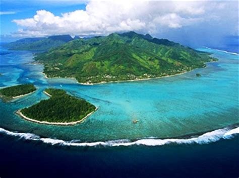 15 Amazing Private Islands That Are Owned By Famous People