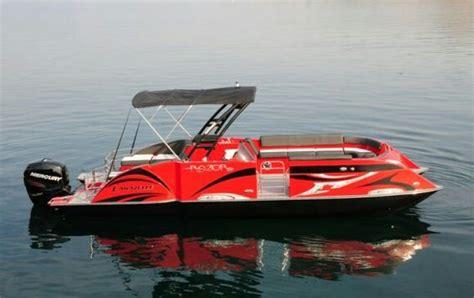 Razor Boats by Caravelle Razor Pontoon Motor Boating Pontoons