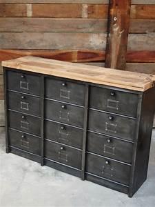 Meuble Industriel But : ancien grand meuble 12 casiers industriel strafor plateau ~ Teatrodelosmanantiales.com Idées de Décoration