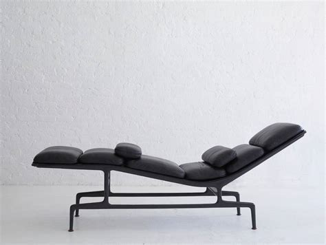 chaises eams eames chaise lounge for billy wilder at 1stdibs