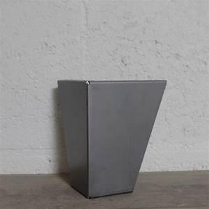 Pied Meuble Design : pied de meuble en acier 15cm ref vest15 pyeta ~ Teatrodelosmanantiales.com Idées de Décoration