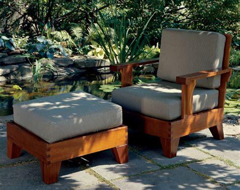 build  cedar chair  ottoman
