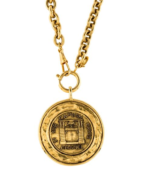 chanel medallion pendant necklace necklaces cha