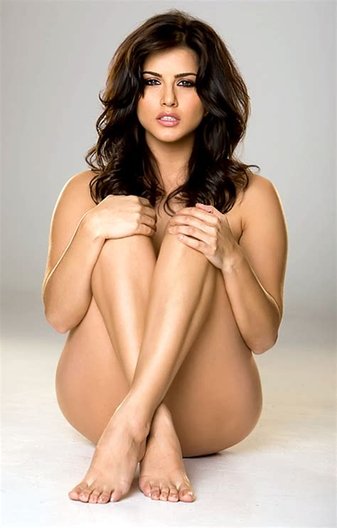 Indian Actress Biography Hot Sexy Sunny Leone Semi Nude