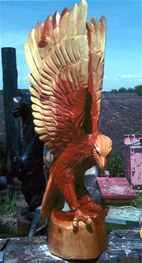 chainsaw art  minnesota  perry carlson wood carver mn