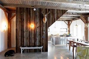 8 beautiful textures to decorate your home With barn wood walls inside house