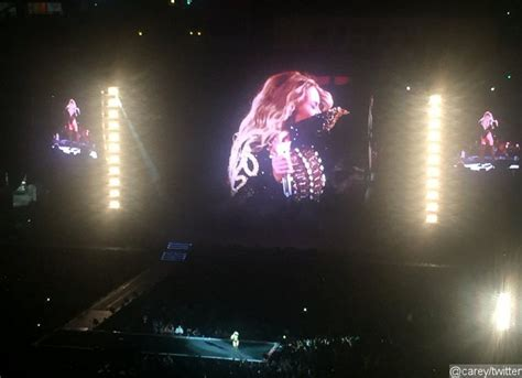 Beyonce Fans Freak Out After She Sneezes Mid-Concert