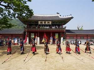 Suwon Hwaseong Fortress Afternoon Tour, Seoul tours ...