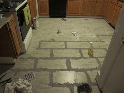 kitchen floor grout tips for installing a kitchen vinyl tile floor merrypad 1637
