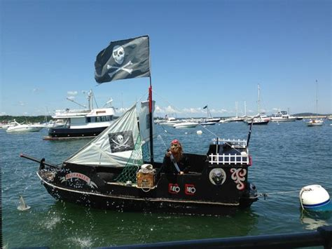 Lobster Boat Plymouth Ma by Captain Paul Talking About What S In The Trap Picture Of