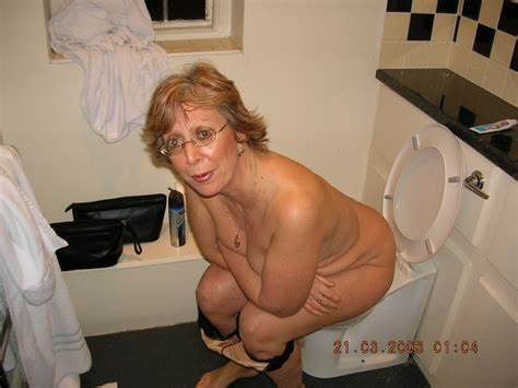 Granny Toilet Waitress By Loyalsock Whore On Toilet