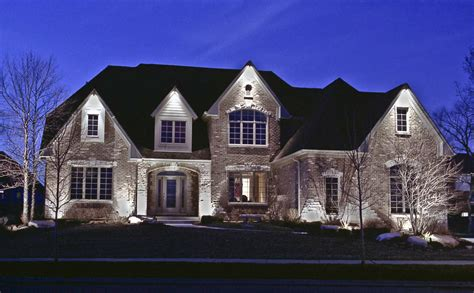 residential homes outdoor lighting  chicago il