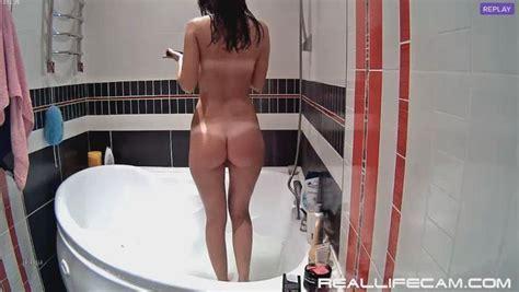 Reallifecam Leora Shower Sexy Babe