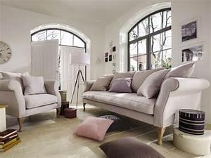 Landhausstil Couch : sofas im landhausstil ~ Pilothousefishingboats.com Haus und Dekorationen