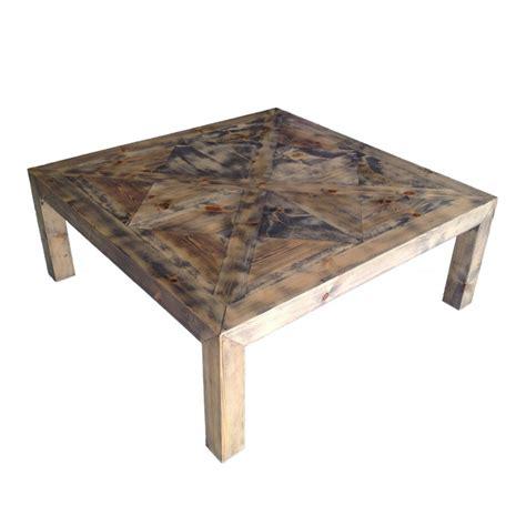 grande table basse carr 233 e en bois avec plateau fa 231 on parquet ancien