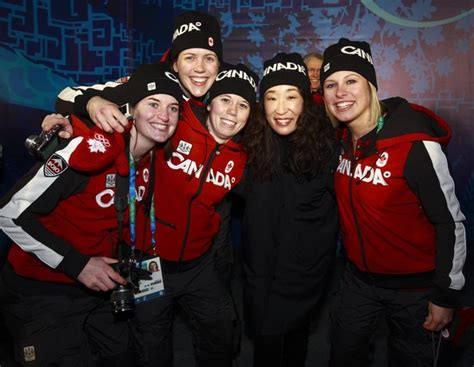 sandra oh movie vancouver sandra oh poses with the canadian national ski team 2 of 3