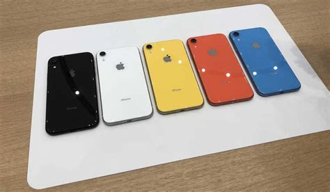 Iphone Xr Handson Vibrant Colors, Solid Cameradisplay