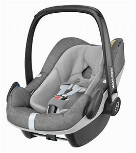 Maxi Cosi Im Auto : maxi cosi infant car seat pebble plus 2018 nomad grey buy at kidsroom car seats ~ Buech-reservation.com Haus und Dekorationen