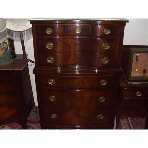 Drexel Heritage Sinuous Dresser by 5 Serpentine Mahogany Drexel Bedroom Set Ssr