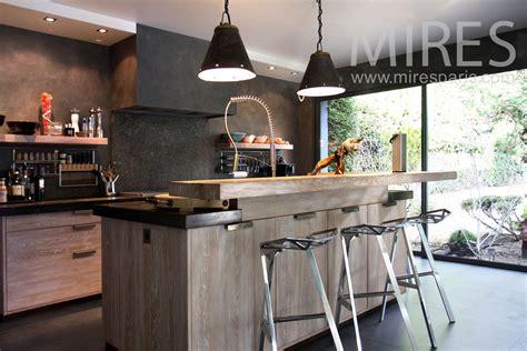 piano de cuisine cuisine moderne ambiance bois c0826 mires