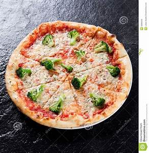 Delicious Italian Pizza Stock Photography - Image: 32895532