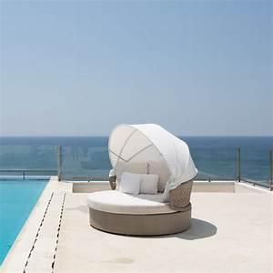 Matelas Hotellerie Haut De Gamme : lit d 39 ext rieur daybed design mobilier d 39 exception sky line ~ Dallasstarsshop.com Idées de Décoration
