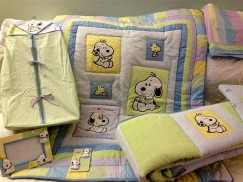 Snoopy Crib Bedding Set by 25 Unique Baby Snoopy Ideas On Snoopy