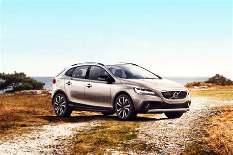 Gambar Mobil Volvo V40 Cross Country by Volvo V40 Cross Country 2013 2016 Images Check Interior