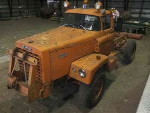 Fwd Tractioneer  1962    Medium Trucks