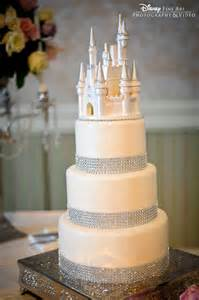 bling cake stand disney princess themed wedding cakes images
