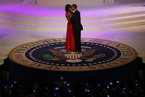 inaugural ball pictures president obama michelle