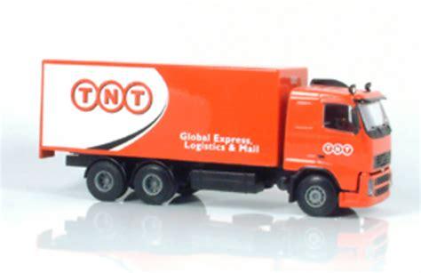 tnt vovlo fh  camion  caja liontoys