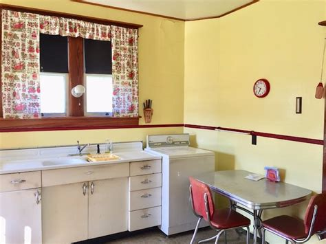 Catskills Craftsman Cottage On The Market With Lots Of