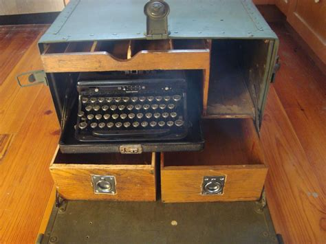 wwii  army officers field desk complete  original