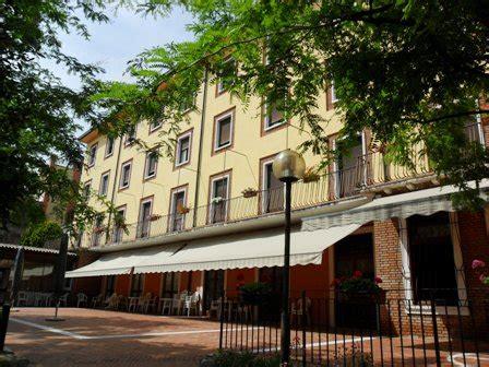 Casa Di Riposo Bussolengo by Piccole Suore Sacra Famigliacol 224 Di Lazise Piccole Suore
