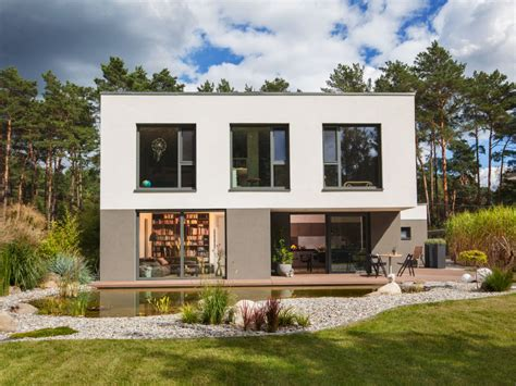 Moderne Puristische Häuser by Kubus Wohnen F 252 R Puristen Baumeister Haus E V