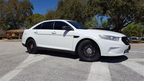 ford police interceptor sedan taurus  sync thee