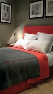 chambre a coucher flamant dans les tons noirs et rouges With tres belle chambre coucher