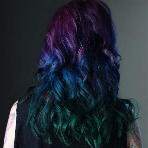 Peacock Hair Color Trend Is Gorgeous And Captivating