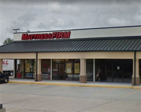 mattress firm new orleans mattress firm files for bankruptcy closing up to 700