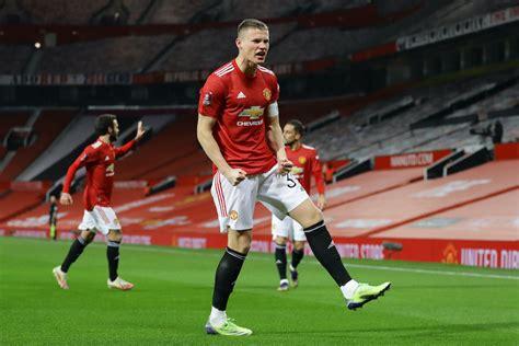 Man United player ratings vs Watford: Captain fantastic ...