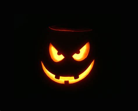scarry pumpkins scary halloween 2012 hd wallpapers pumpkins witches spider web bats ghosts collection
