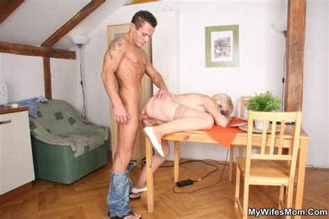 Horny Dude Seduces His Mother In Law To Dir Xxx Dessert Picture 8