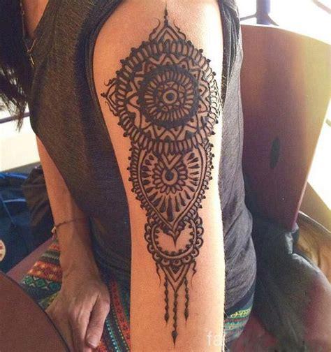 shoulder mehndi designs    love