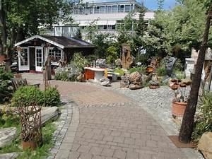 Holz Im Garten : kreativ garten holz ~ Frokenaadalensverden.com Haus und Dekorationen