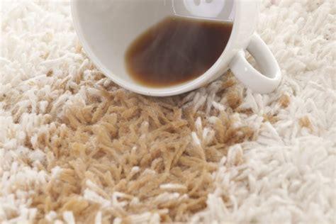 pulire tappeti in casa come pulire i tappeti in casa donnad