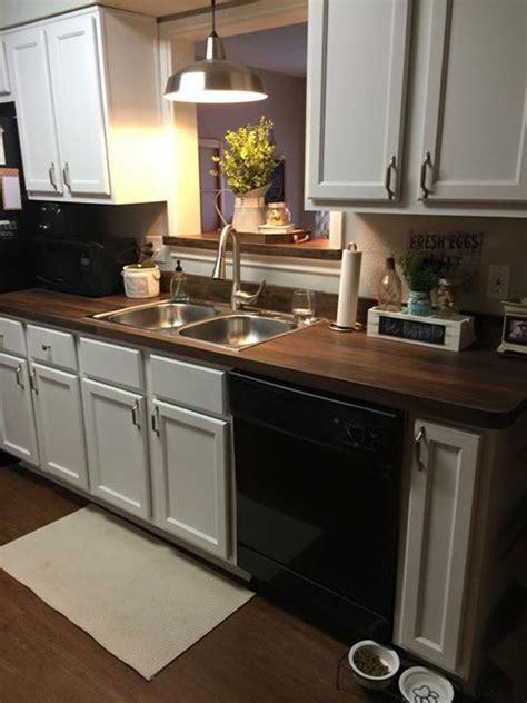 redid  kitchen counters  vinyl floor
