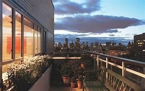 13 Fantastic HD Balcony Wallpapers