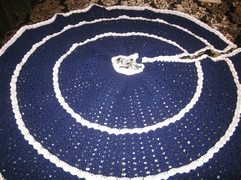 dallas cowboy christmas tree skirt my other pastime tree skirt august 2013