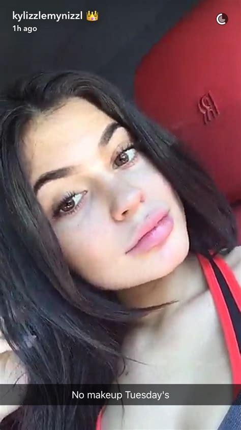 kylie jenner   makeup   snapchatwithout  single filter glamour